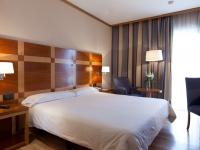 Senator Parque Central - Rooms